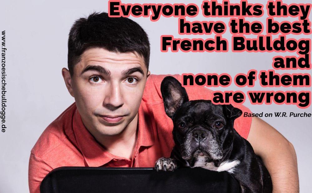 Einen Mann umarmt seine Französische Bulldogge
